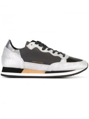 Кроссовки с отблеском Philippe Model. Цвет: чёрный