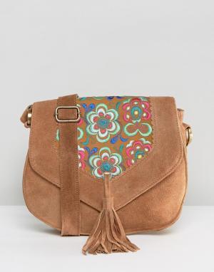Park Lane Фестивальная замшевая сумка через плечо с вышивкой и кисточкой La. Цвет: рыжий