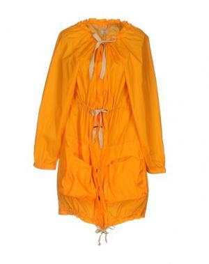 Легкое пальто INTROPIA. Цвет: оранжевый