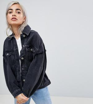 ASOS Petite Черная выбеленная джинсовая куртка. Цвет: черный