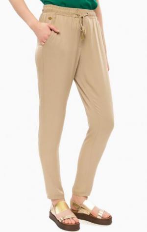 Бежевые зауженные брюки на резинке ALCOTT. Цвет: бежевый