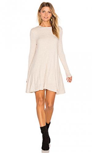 Платье tyler De Lacy. Цвет: беж