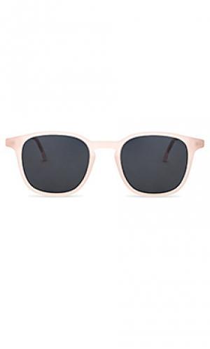 Солнцезащитные очки maurice Komono. Цвет: розовый