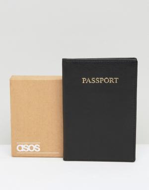 ASOS Подарочный набор с черной кожаной обложкой для паспорта. Цвет: черный