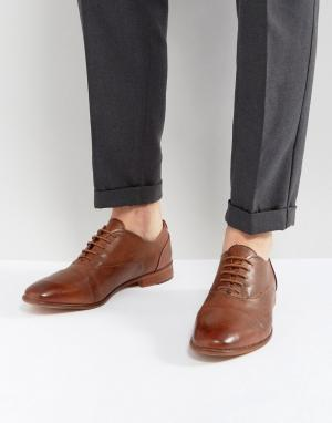 Kurt Geiger London Светло-коричневые кожаные туфли Oliver. Цвет: рыжий