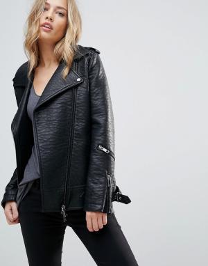 Urbancode Длинная байкерская куртка из фактурной искусственной кожи. Цвет: черный