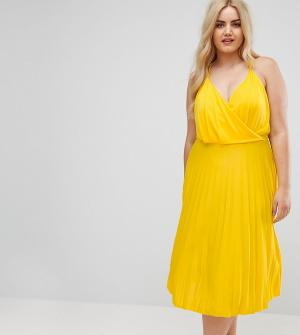 ASOS Curve Платье миди с запахом и юбкой плиссе. Цвет: желтый