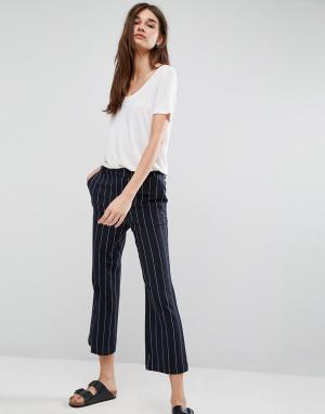 Gestuz Укороченные брюки в полоску Cori. Цвет: темно-синий