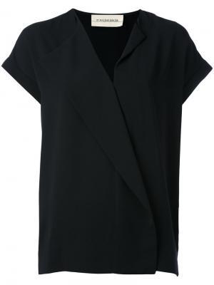 Блузка с V-образным вырезом By Malene Birger. Цвет: чёрный
