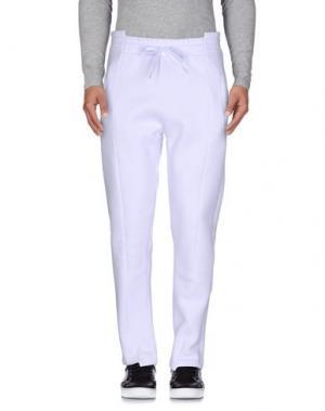 Повседневные брюки OMC. Цвет: белый