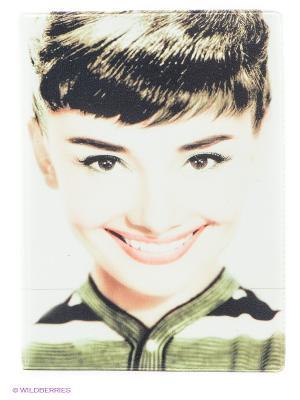 Обложка для паспорта Одри улыбается, в цвете Mitya Veselkov. Цвет: белый, зеленый