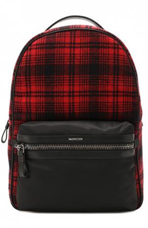 Текстильный рюкзак с внешним карманом на молнии Moncler. Цвет: красный