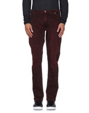 Джинсовые брюки GUESS. Цвет: красно-коричневый