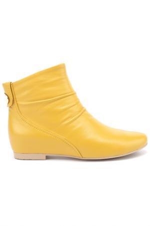 Ботинки Michele. Цвет: желтый