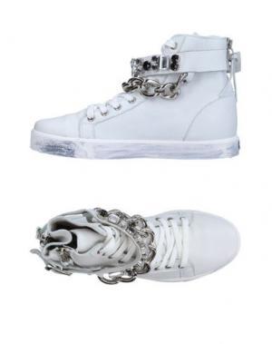 Высокие кеды и кроссовки OM. Цвет: белый