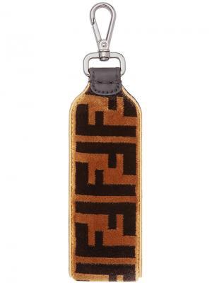 Брелок для ключей с логотипом Fendi. Цвет: коричневый