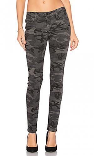Супер узкие джинсы средняя посадка jude Black Orchid. Цвет: none