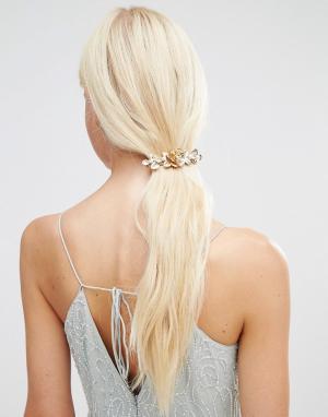 Orelia Заколка для волос с цветочной отделкой и жемчугом. Цвет: золотой