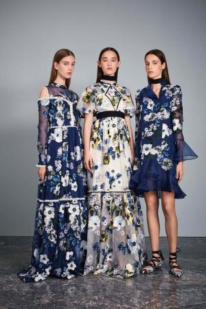 Шелковое платье Sabine Erdem. Цвет: синий, разноцветный