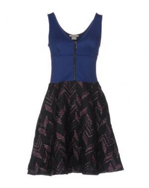 Короткое платье PINKO. Цвет: черный