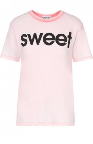 Хлопковая футболка свободного кроя с контрастной надписью Wildfox. Цвет: розовый