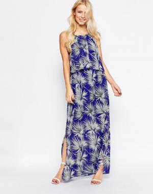 Parisian Платье макси с накладкой и принтом пальмы ASOS. Цвет: синий