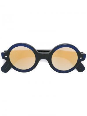 Солнцезащитные очки в круглой оправе Cutler & Gross. Цвет: синий