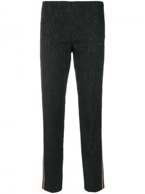 Приталенные брюки с полосками по бокам Pt01. Цвет: чёрный