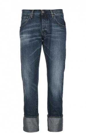 Прямые джинсы с потертостями и отворотами 2 Men Jeans. Цвет: синий