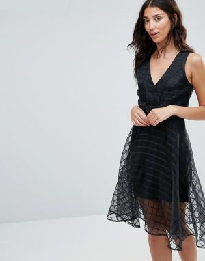 Girl In Mind Сетчатое расклешенное платье Alice. Цвет: черный