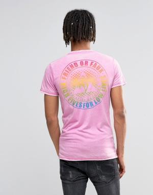 Friend or Faux Футболка. Цвет: розовый