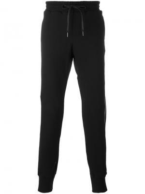 Спортивные брюки с лампасами D.Gnak. Цвет: чёрный