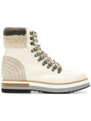 Ботинки с отделкой искусственной овчиной Fabi. Цвет: телесный