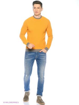 Свитер United Colors of Benetton. Цвет: оранжевый