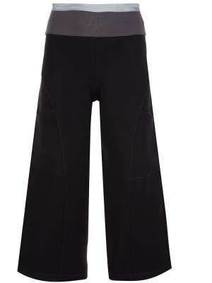 Укороченные брюки Musée. Цвет: чёрный