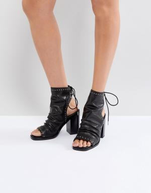 Sol Sana Черные кожаные ботильоны с открытыми пяткой и носком Voyager. Цвет: черный
