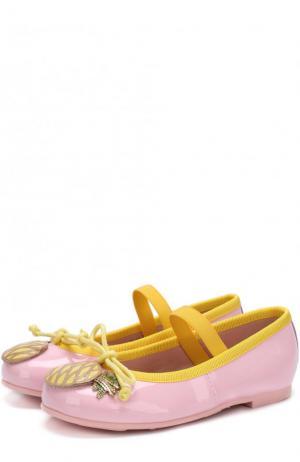 Кожаные балетки с аппликациями и перемычкой Pretty Ballerinas. Цвет: розовый