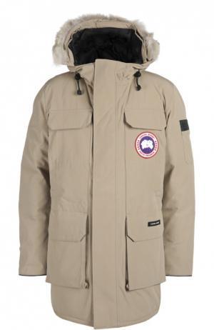 Куртка с отделкой Canada Goose. Цвет: бежевый