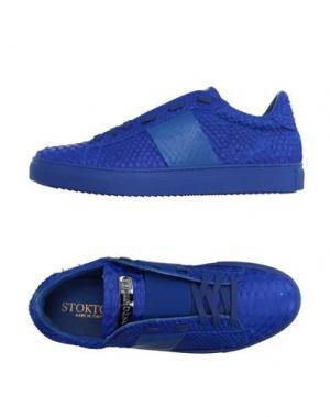 Низкие кеды и кроссовки STOKTON. Цвет: синий