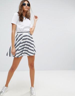 ASOS Фактурная мини-юбка в полоску. Цвет: белый