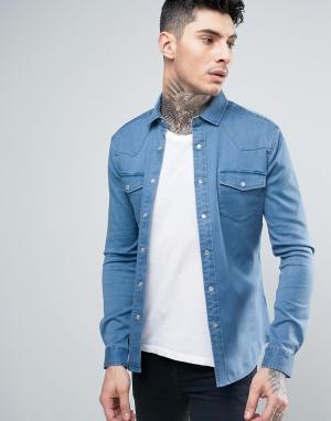 ASOS Светлая приталенная джинсовая рубашка в стиле вестерн. Цвет: синий