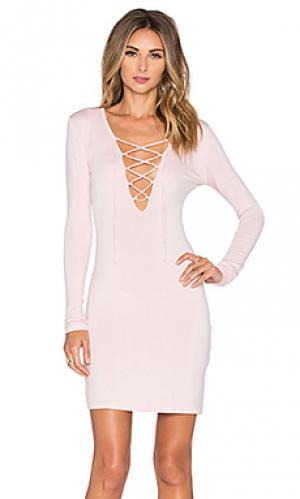 Мини платье elsa De Lacy. Цвет: розовый