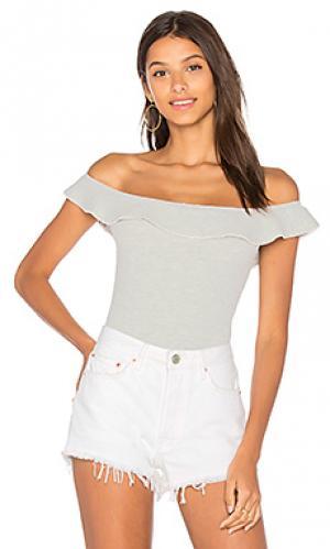 Боди с рюшами YFB CLOTHING. Цвет: серый