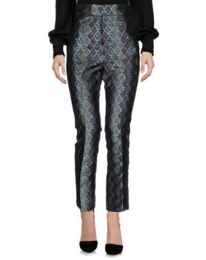 Повседневные брюки MALAICA. Цвет: зеленый