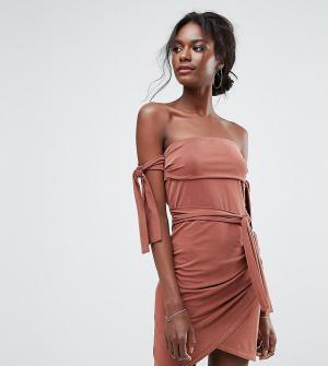Bec & Bridge Эксклюзивное платье мини с открытыми плечами. Цвет: красный