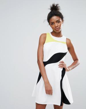Adelyn Rae Короткое приталенное платье в стиле колор блок. Цвет: белый