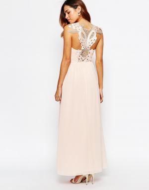 Elise Ryan Платье макси с кружевной аппликацией на спинке. Цвет: розовый