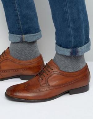 Base London Кожаные оксфордские туфли Bailey. Цвет: рыжий
