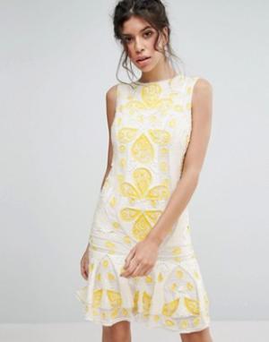 Frock and Frill Цельнокройное платье мини с пайетками &. Цвет: белый