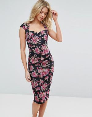 Vesper Платье-футляр миди с цветочным принтом и короткими рукавами. Цвет: розовый